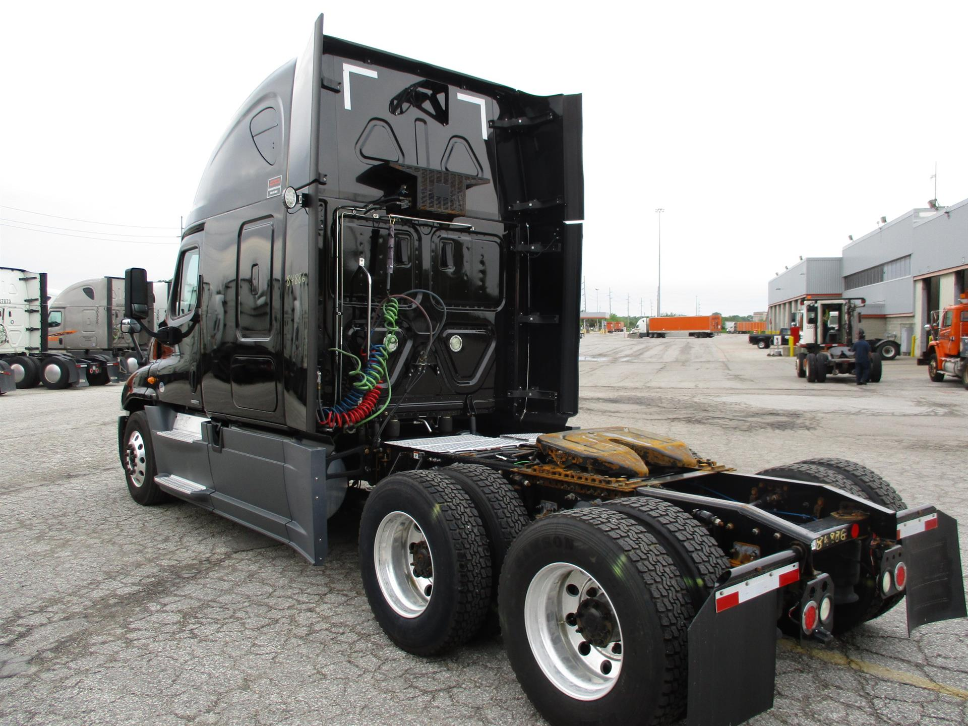 2015 Freightliner Cascadia for sale-59275143