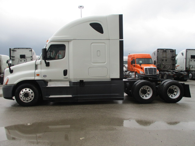 2015 Freightliner Cascadia for sale-59275153