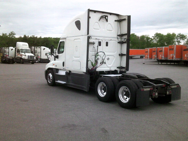 2015 Freightliner Cascadia for sale-59275162
