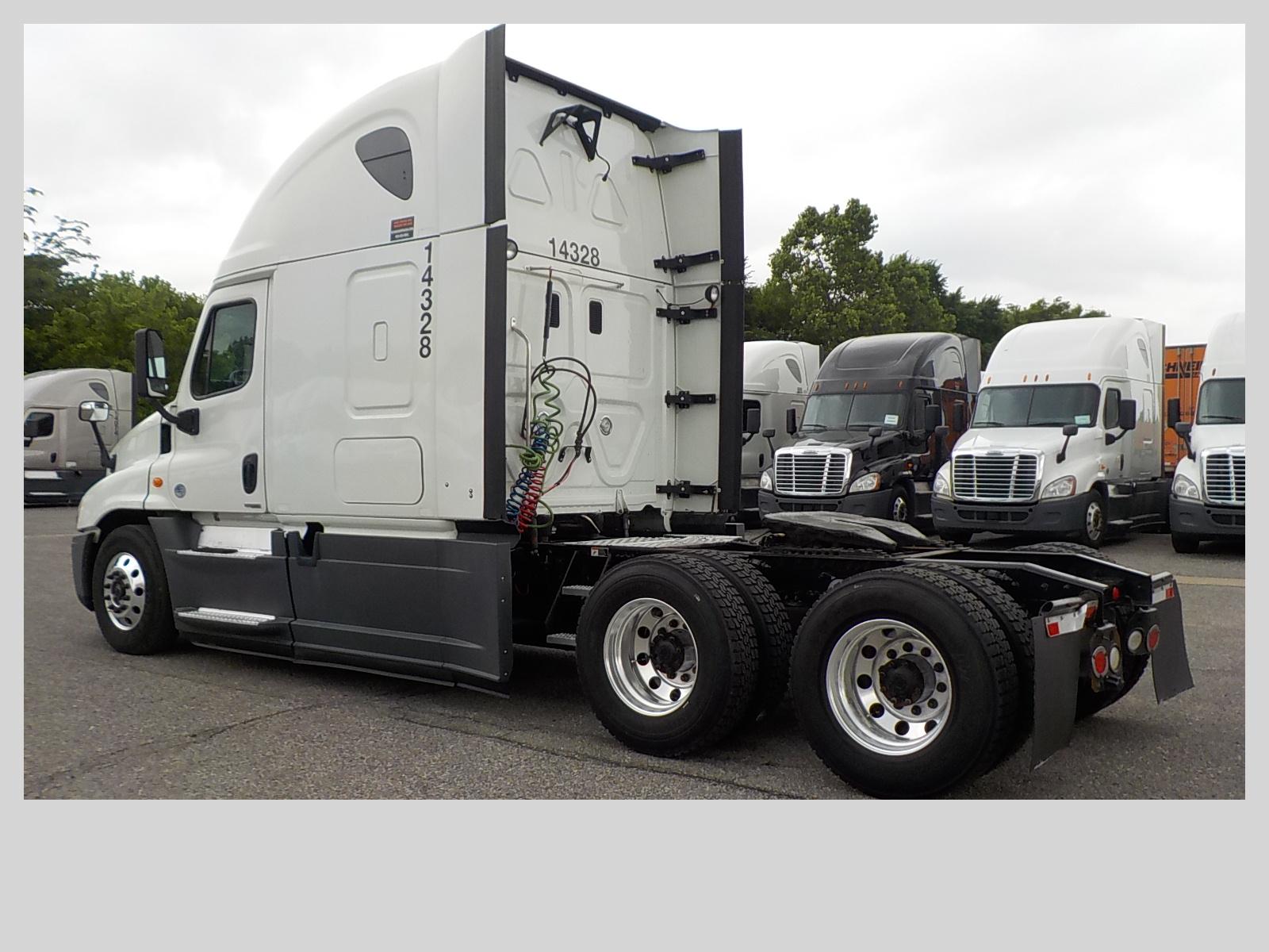 2015 Freightliner Cascadia for sale-59275158