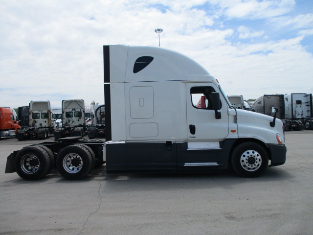 2015 Freightliner Cascadia for sale-59227170