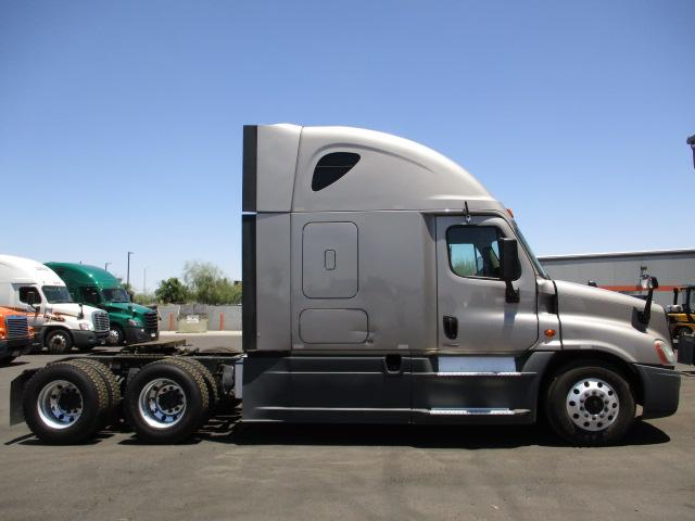2015 Freightliner Cascadia for sale-59275202