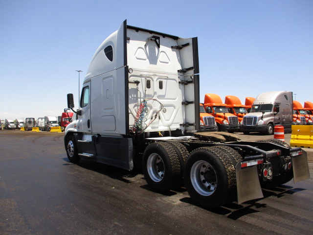 2015 Freightliner Cascadia for sale-59228050