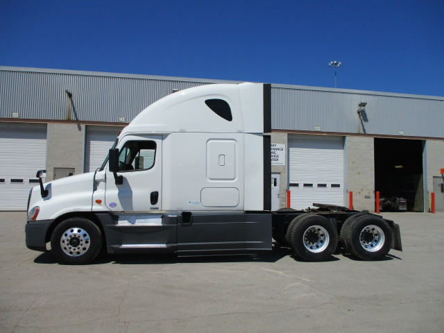 2015 Freightliner Cascadia for sale-59276483