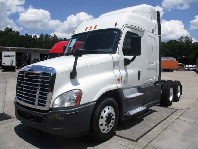 2015 Freightliner Cascadia for sale-59264276
