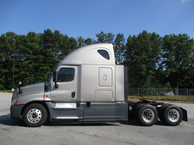 2015 Freightliner Cascadia for sale-59232947