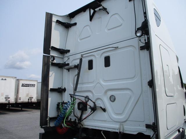 2015 Freightliner Cascadia for sale-59232958