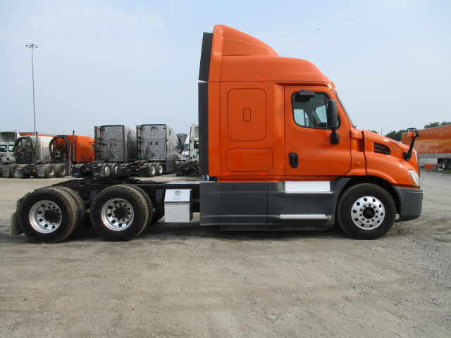 2014 Freightliner Cascadia for sale-59264306