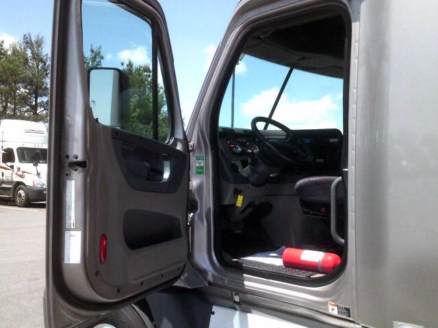 2015 Freightliner Cascadia for sale-59232972