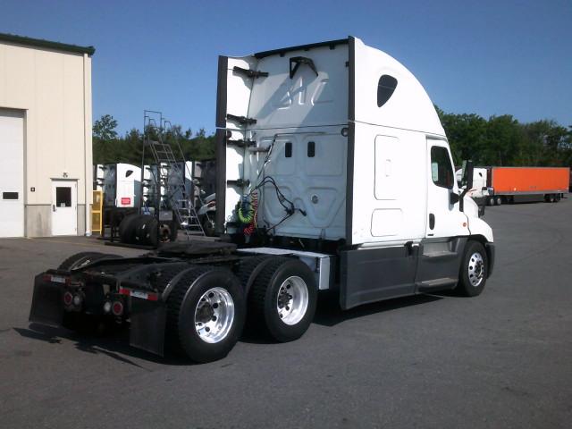 2015 Freightliner Cascadia for sale-59276499
