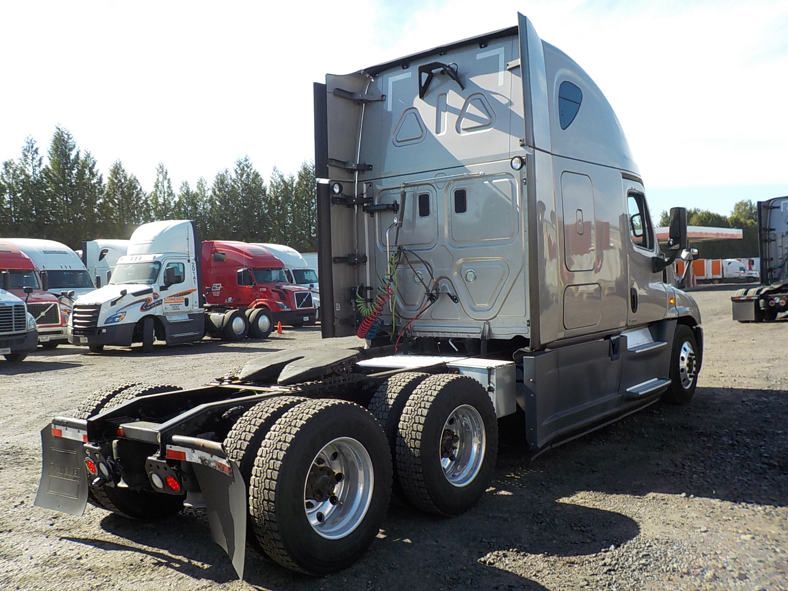 2015 Freightliner Cascadia for sale-59233117
