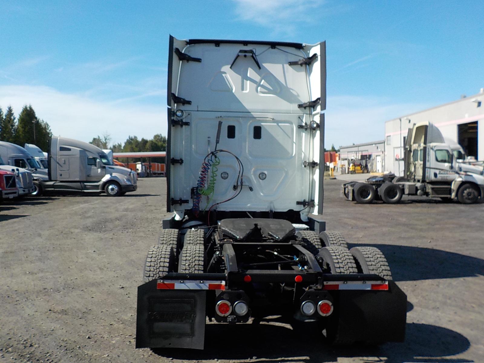 2015 Freightliner Cascadia for sale-59233118