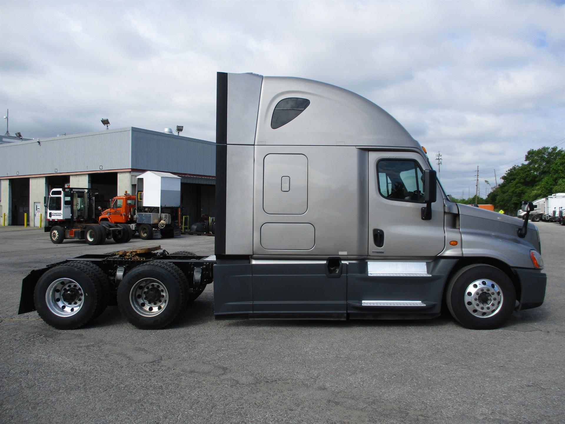 2015 Freightliner Cascadia for sale-59276505