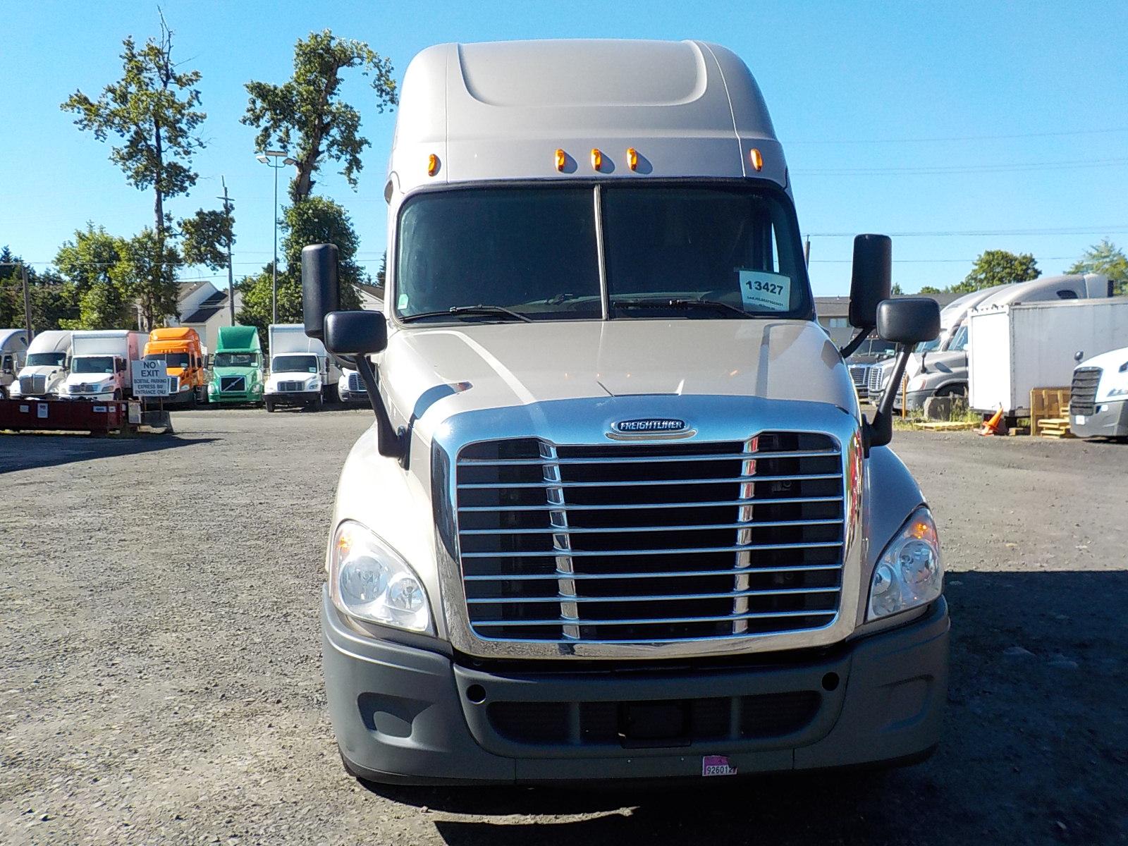 2015 Freightliner Cascadia for sale-59276510