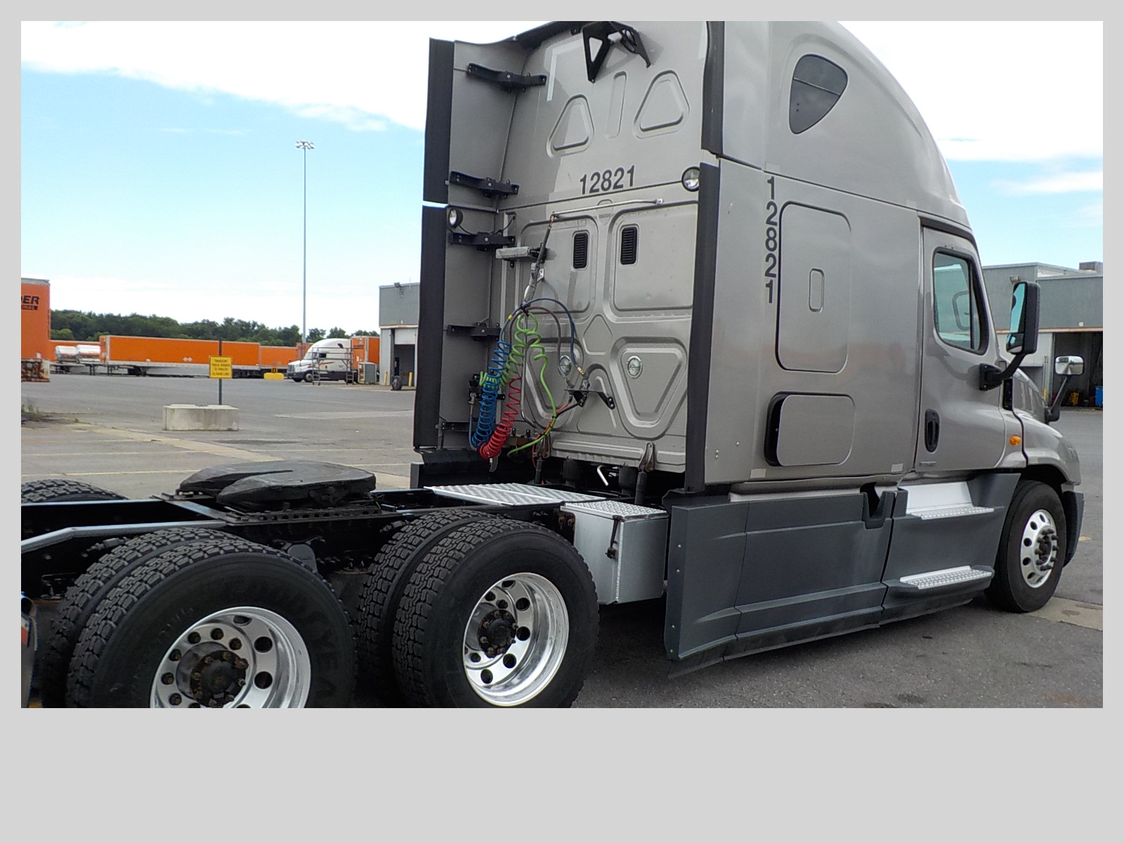 2014 Freightliner Cascadia for sale-59275243