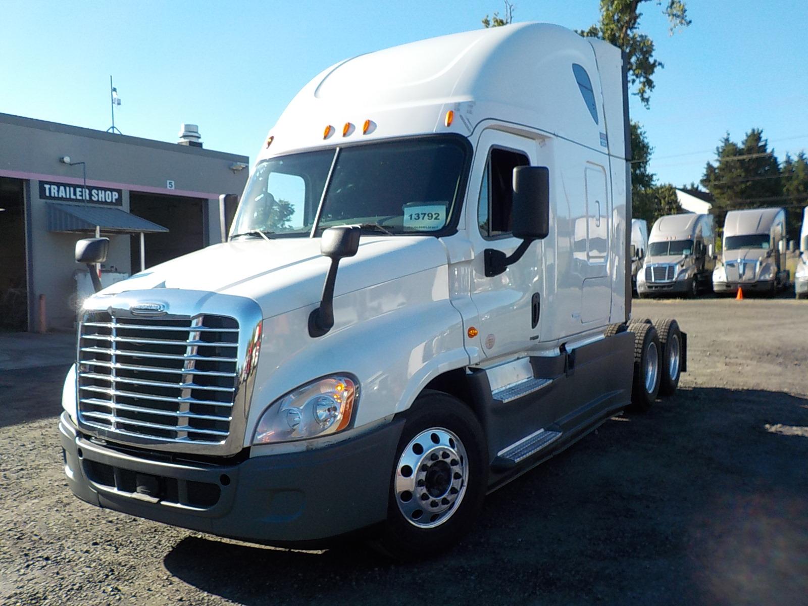2015 Freightliner Cascadia for sale-59276513