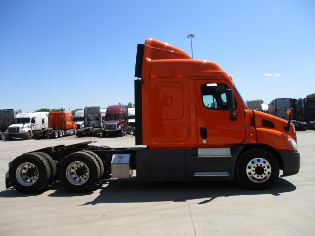2014 Freightliner Cascadia for sale-59264338