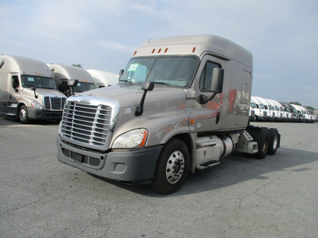 2015 Freightliner Cascadia for sale-59264342