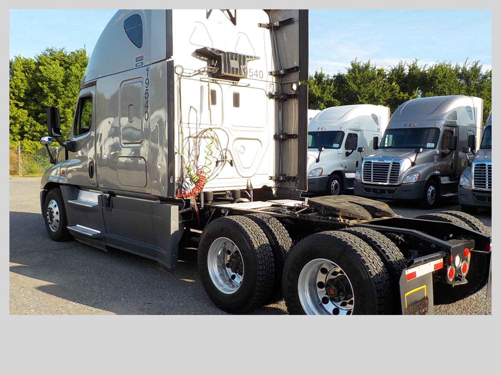 2015 Freightliner Cascadia for sale-59276888