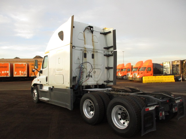 2015 Freightliner Cascadia for sale-59276523