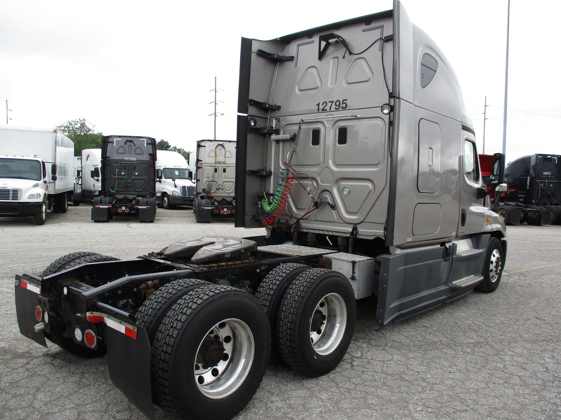 2014 Freightliner Cascadia for sale-59275275