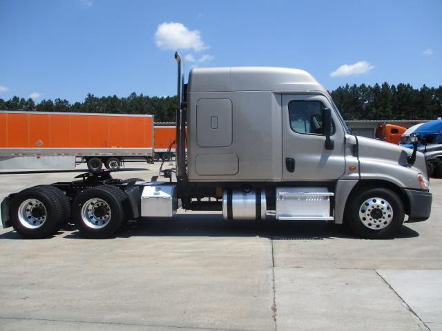 2015 Freightliner Cascadia for sale-59276536