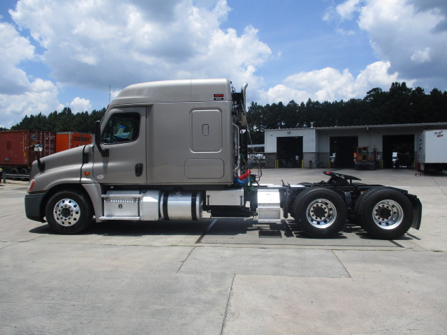 2015 Freightliner Cascadia for sale-59276537