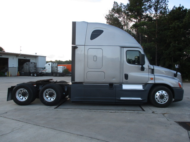 2015 Freightliner Cascadia for sale-59276538