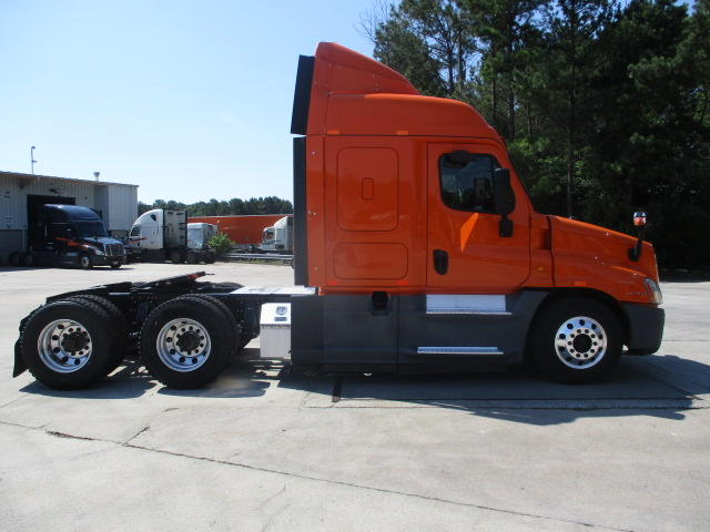 2014 Freightliner Cascadia for sale-59289898
