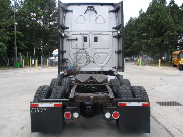2015 Freightliner Cascadia for sale-59276540