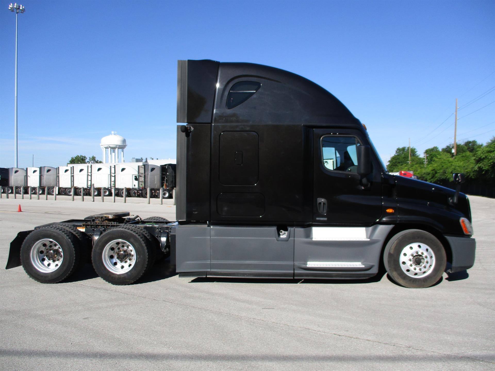 2015 Freightliner Cascadia for sale-59276525