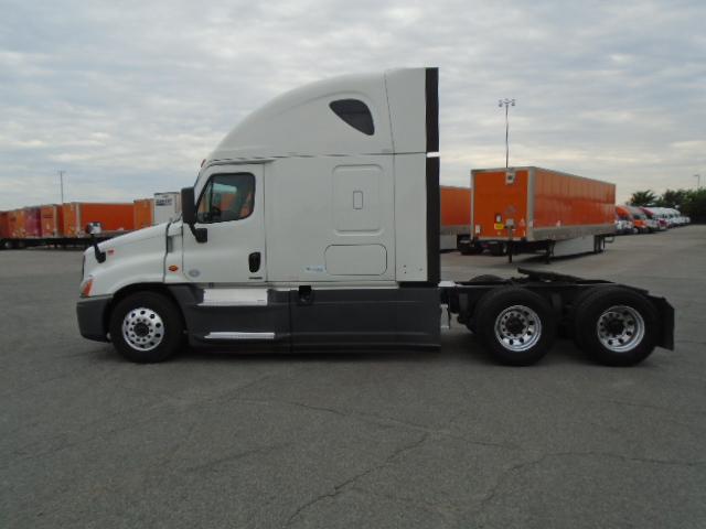 2015 Freightliner Cascadia for sale-59276543