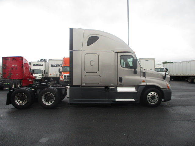 2014 Freightliner Cascadia for sale-59276542