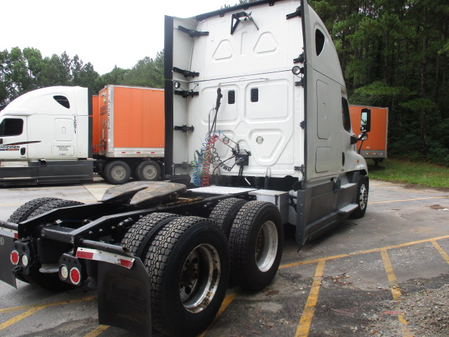 2015 Freightliner Cascadia for sale-59276544