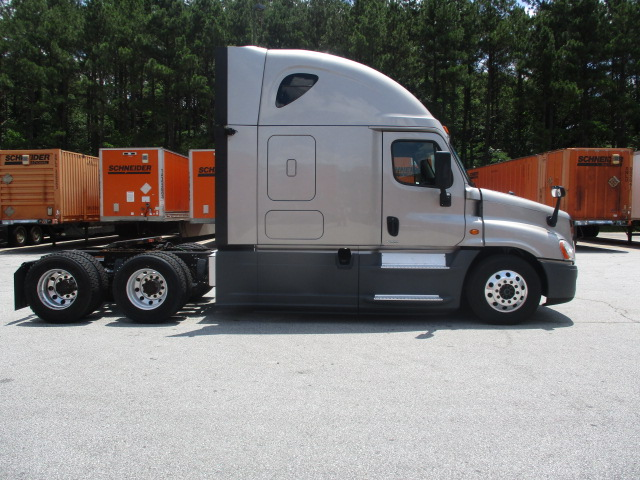 2015 Freightliner Cascadia for sale-59276551