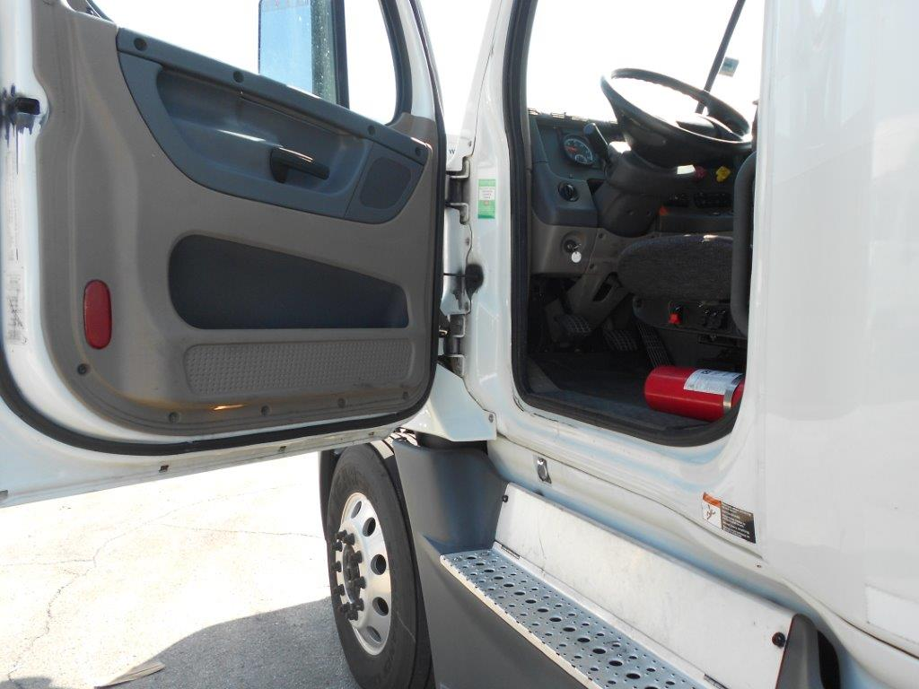 2015 Freightliner Cascadia for sale-59276586