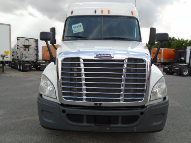 2013 Freightliner Cascadia for sale-59264438
