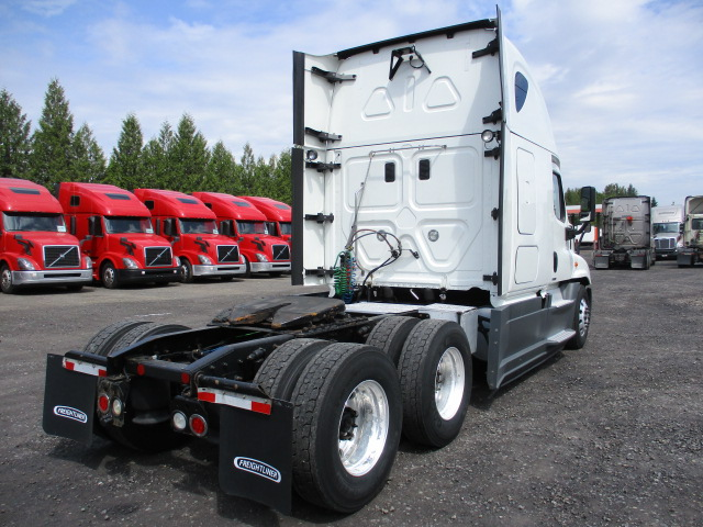 2015 Freightliner Cascadia for sale-59276576