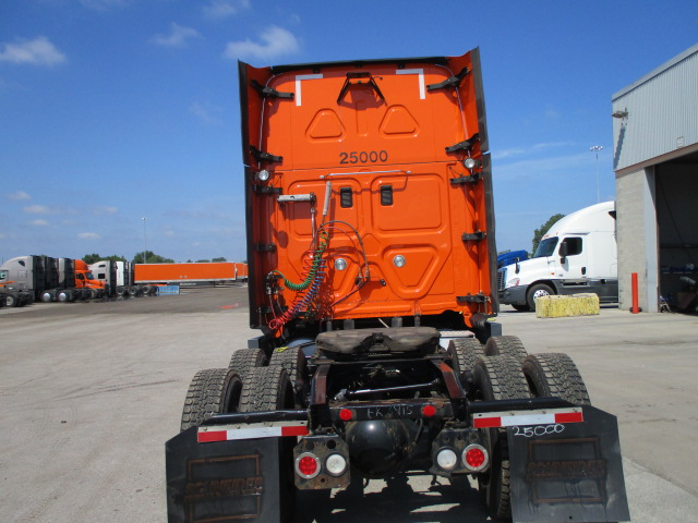 2014 Freightliner Cascadia for sale-59275369
