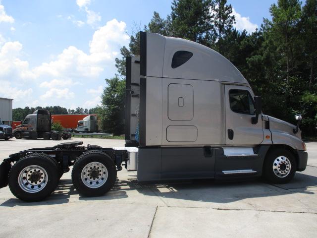 2015 Freightliner Cascadia for sale-59276585