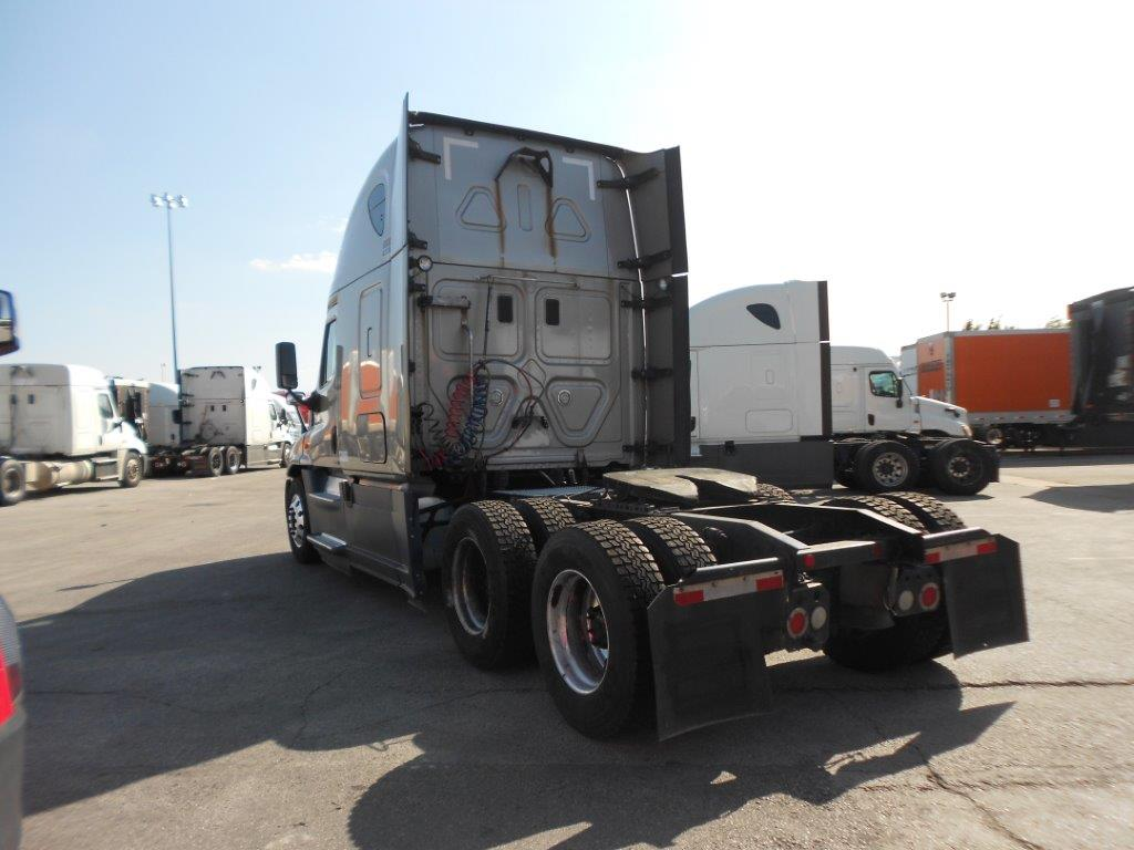 2015 Freightliner Cascadia for sale-59276564