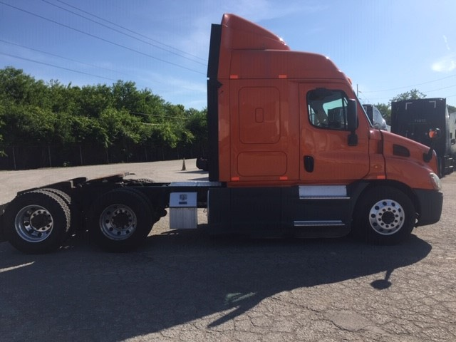 2014 Freightliner Cascadia for sale-59264428