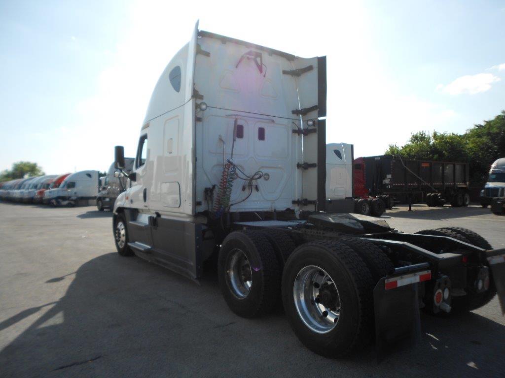 2015 Freightliner Cascadia for sale-59264468