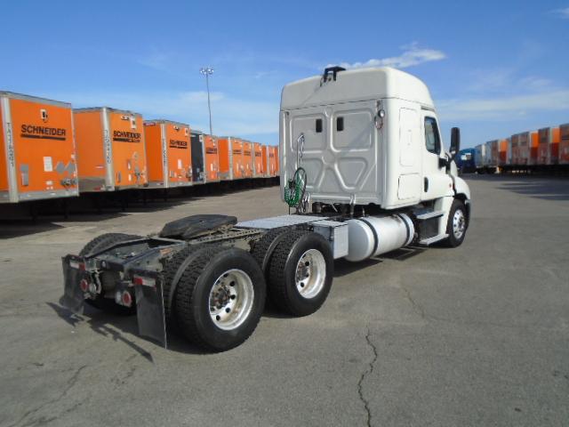 2015 Freightliner Cascadia for sale-59275361