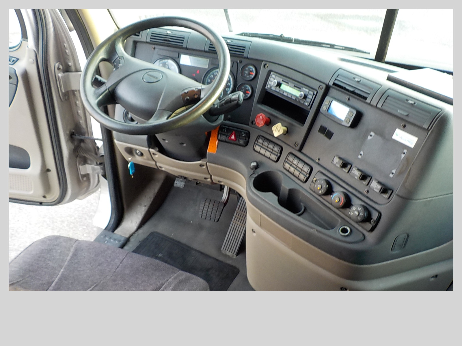 2014 Freightliner Cascadia for sale-59275376