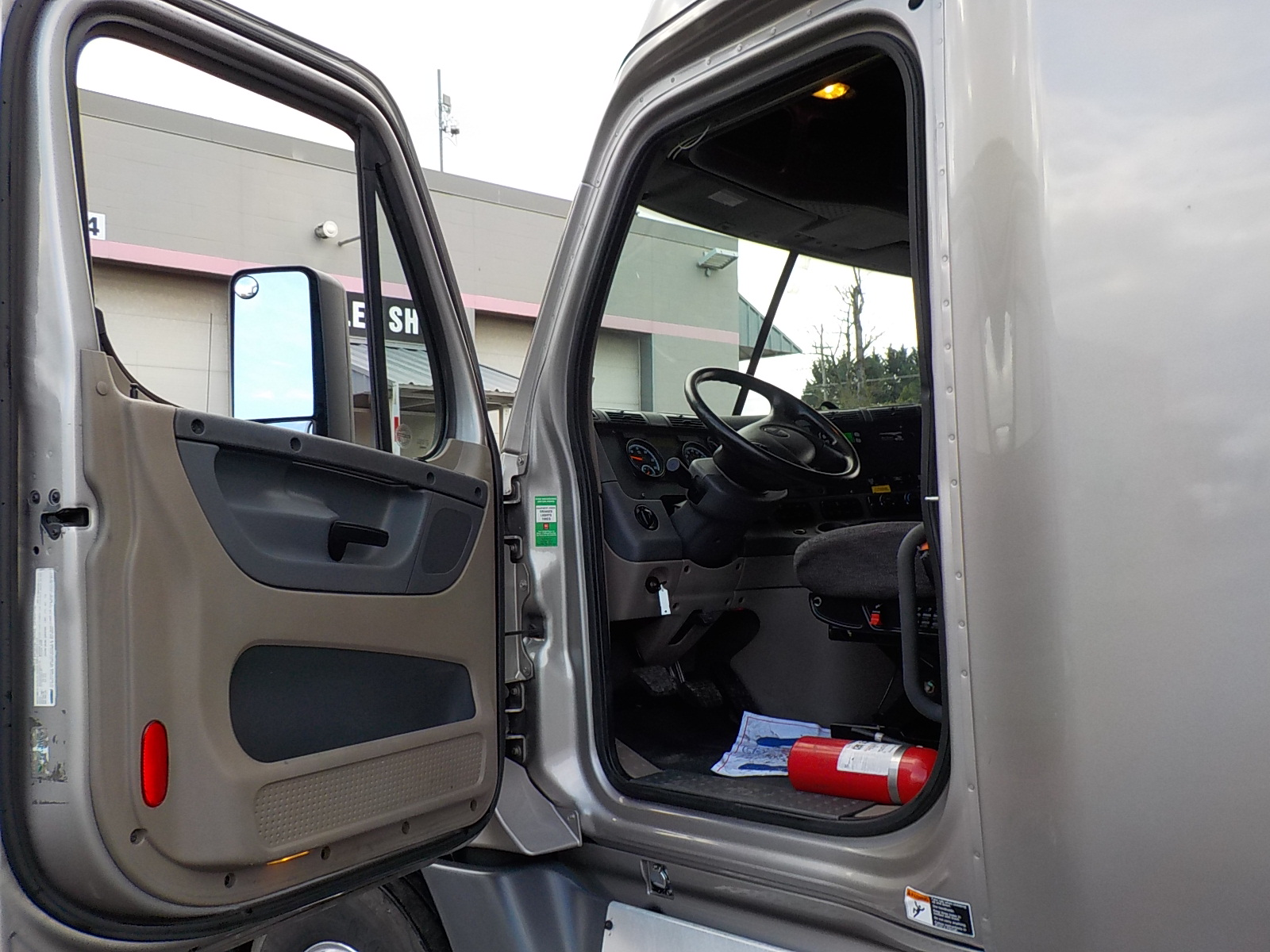 2015 Freightliner Cascadia for sale-59276604