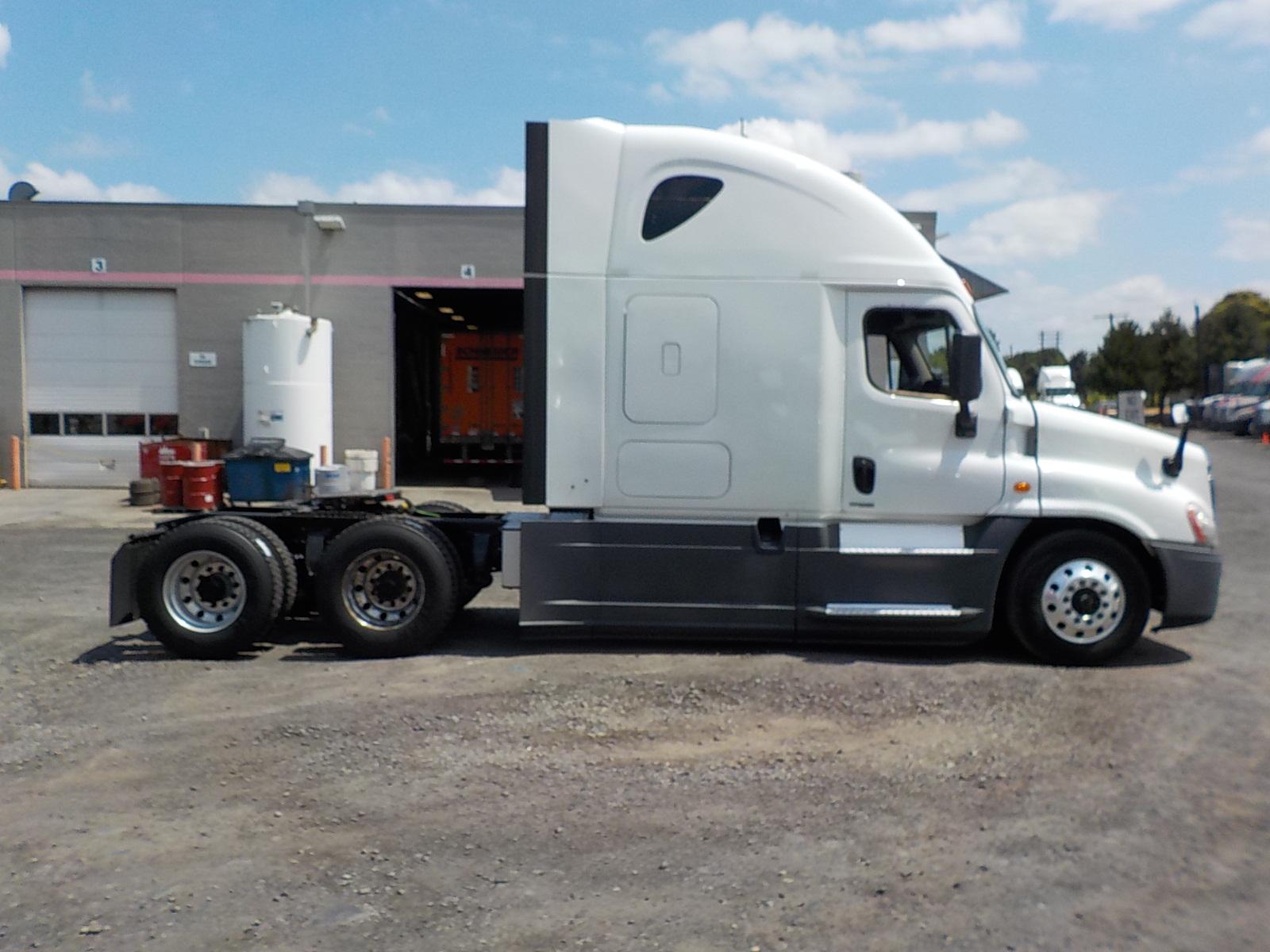 2015 Freightliner Cascadia for sale-59276615