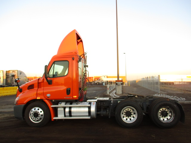 2012 Freightliner Cascadia for sale-59275410