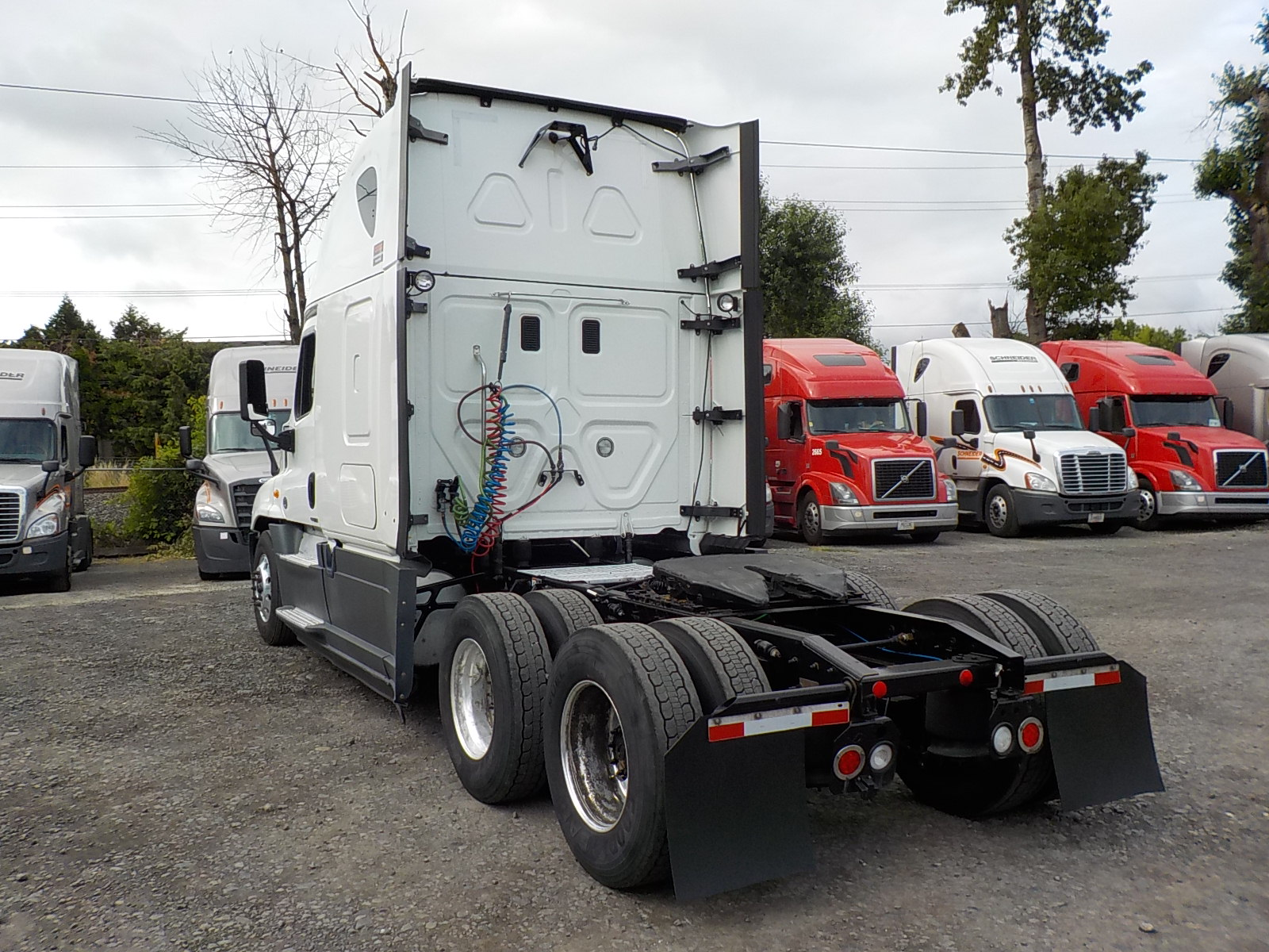 2015 Freightliner Cascadia for sale-59276625