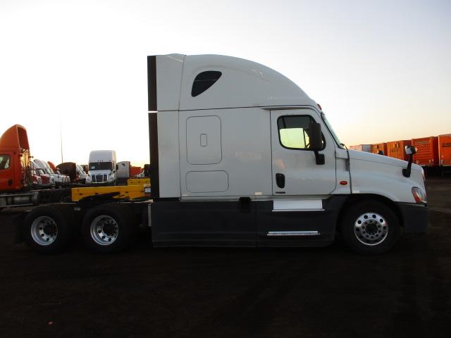 2015 Freightliner Cascadia for sale-59275436